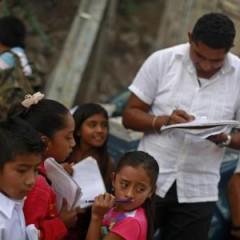 Por falta de maestros, escuelas abandonan la jornada ampliada.